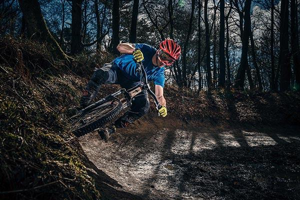 Felix Shumack Upshifts To Profoto B1 And Hss To Shoot Mountain Bikers In Action Profoto Pl